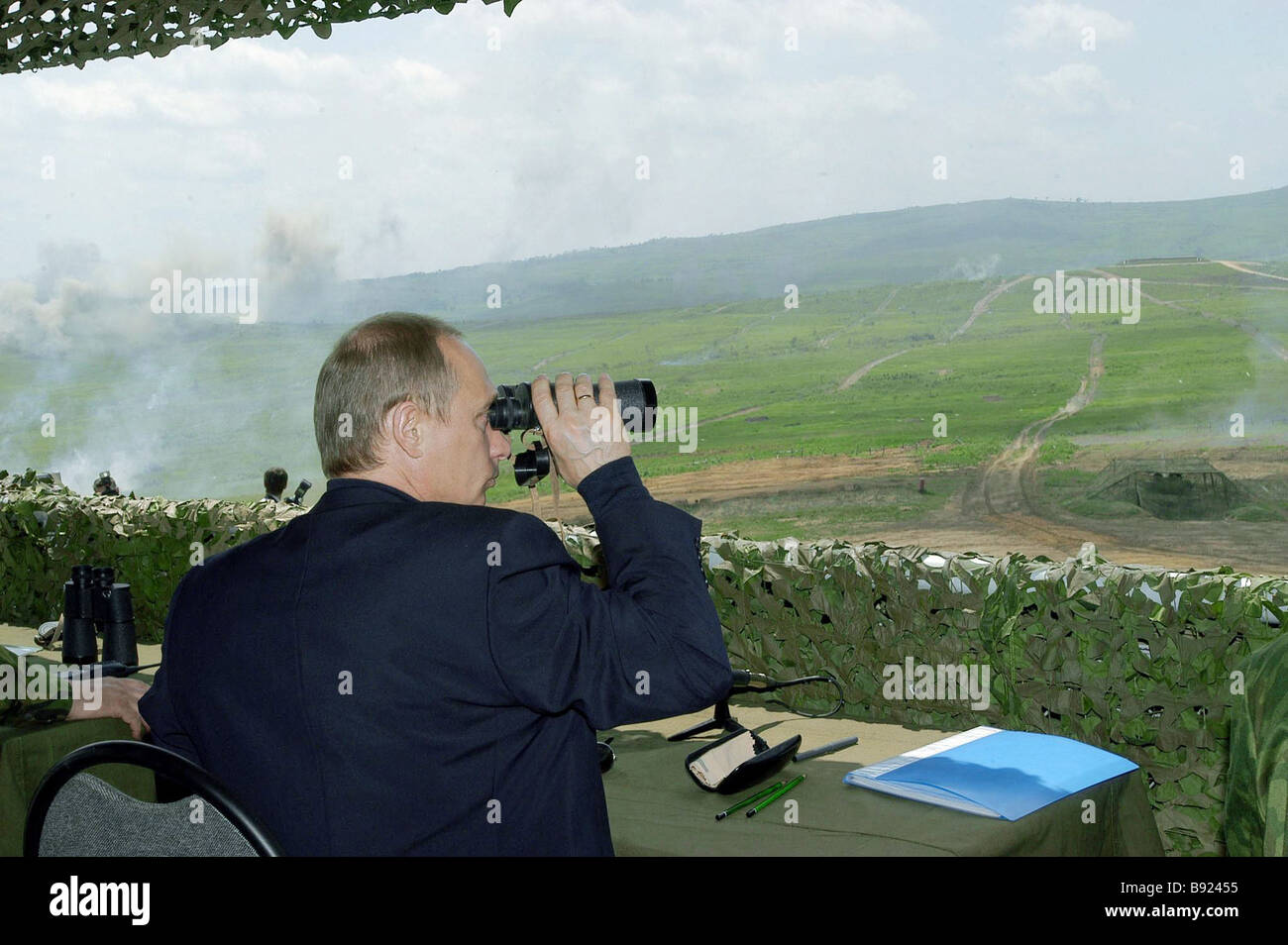Russian President Vladimir Putin during the Mobility 2004 exercises at the Sergeyevsky training field - Stock Image