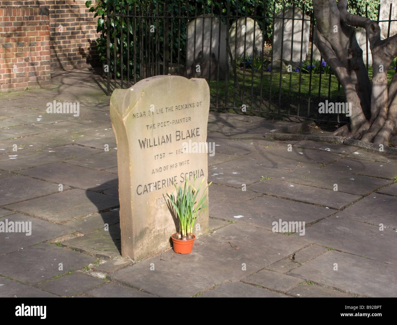 William Blake's gravestone, Bunhill Fields, London - Stock Image