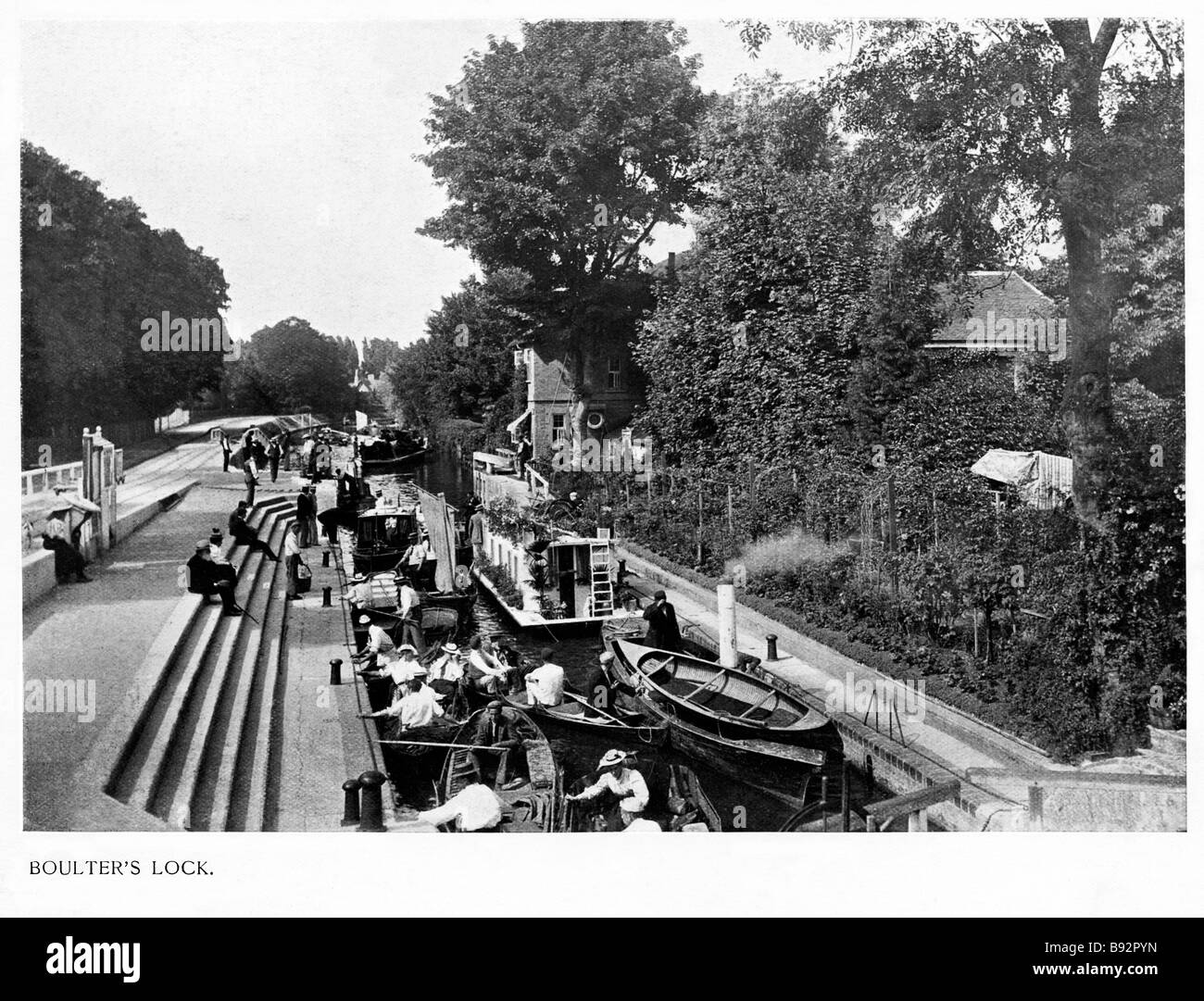 Boulters Lock Edwardian photo of the Thames near Maidenhead a popular place for Summer boating parties Stock Photo