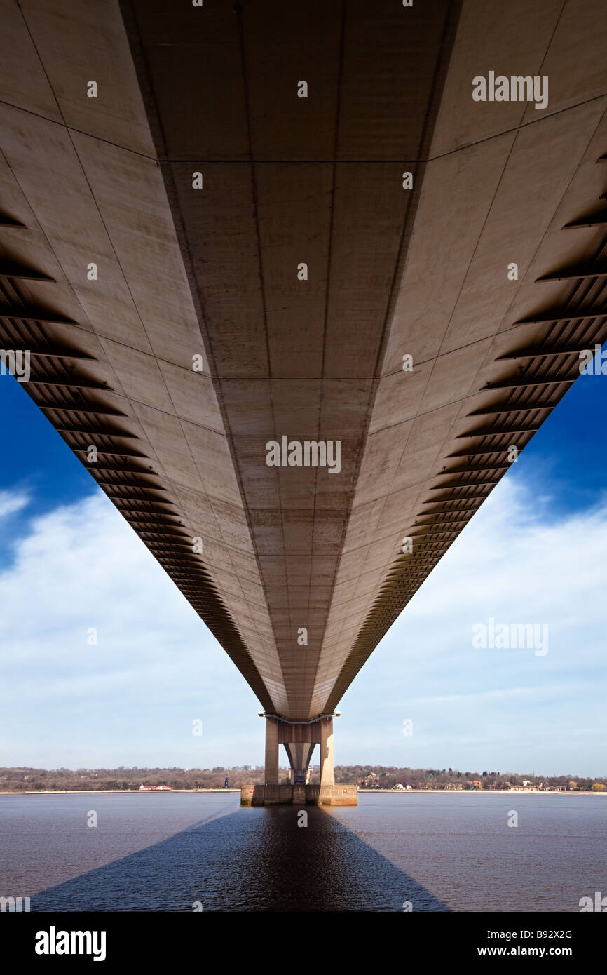 The Humber Bridge over the River Humber near Hull, Yorkshire, England, UK looking north from underneath - Stock Image