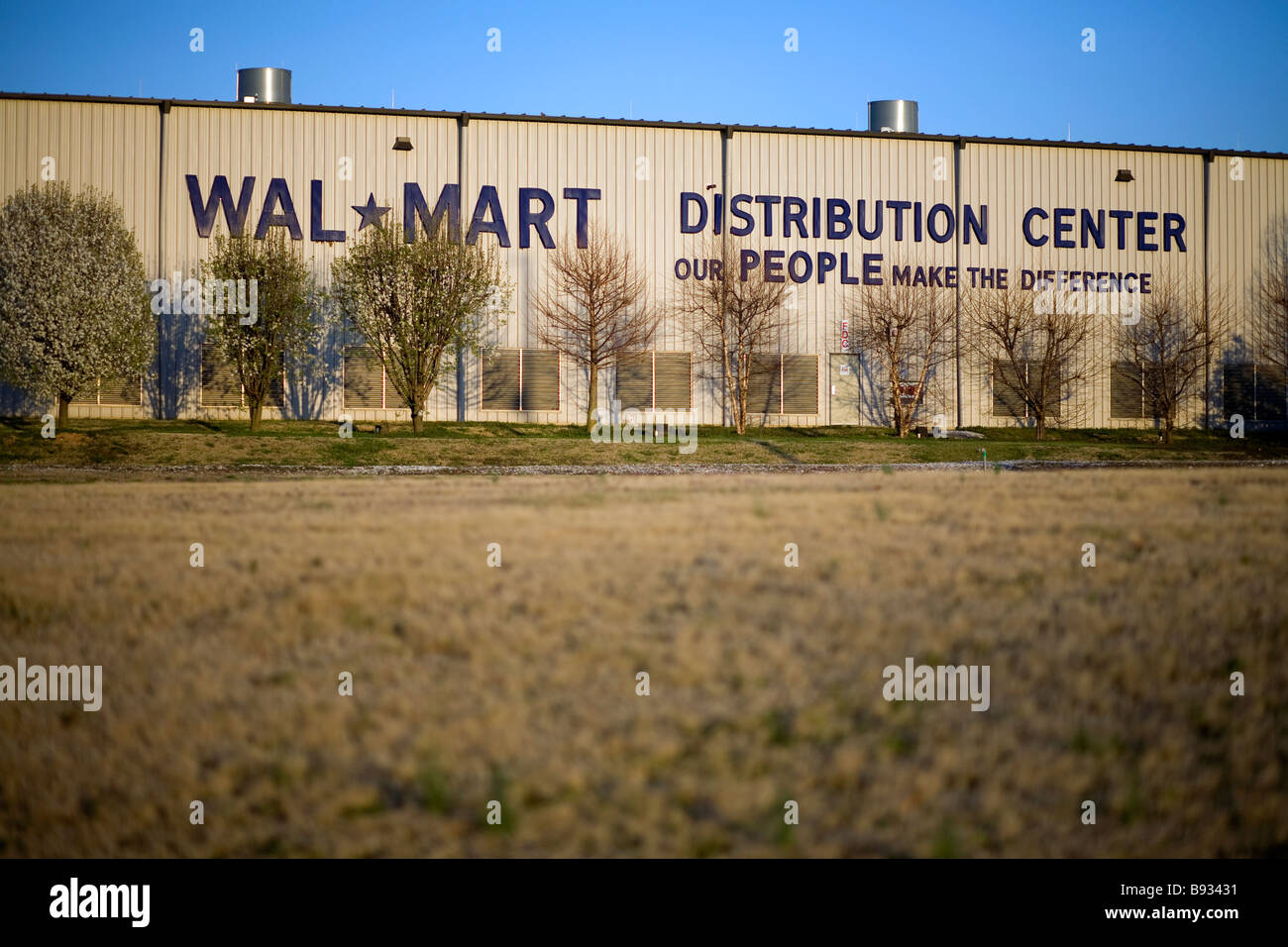walmart distribution center no 6094 in bentonville arkansas usa stock image