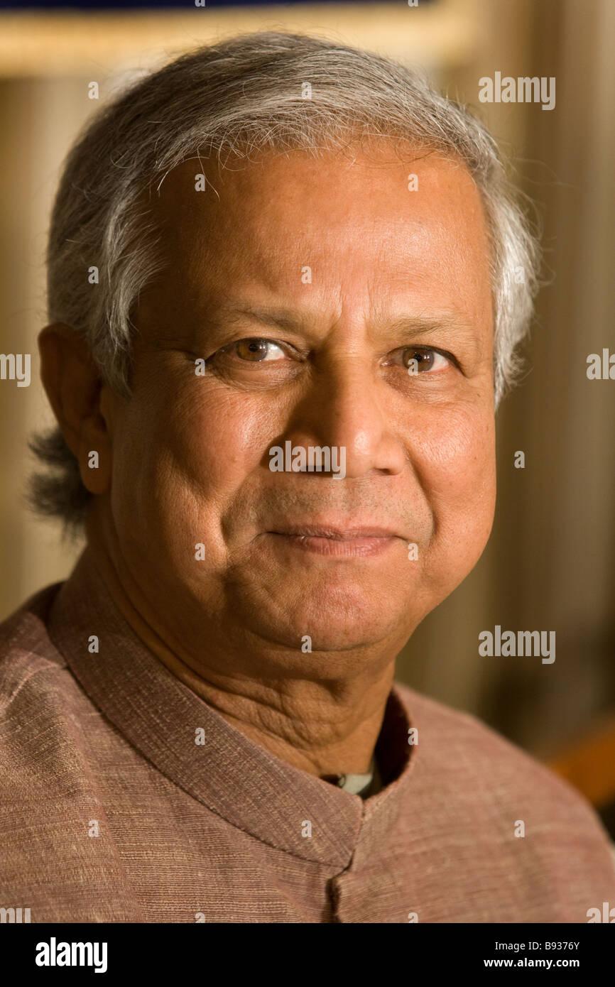 Dr Muhammad Yunus, Nobel Peace Prize laureate, and Managing Director of Grameen Bank. - Stock Image
