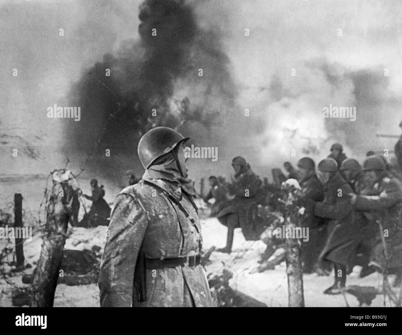 the battle of stalingrad led to a The battle of stalingrad, between germany and the soviet union, is considered not only the most important in world war ii, but one of the most important in military history the battle proved to be decisive for the soviet union and fundamentally changed altered the course of the war.