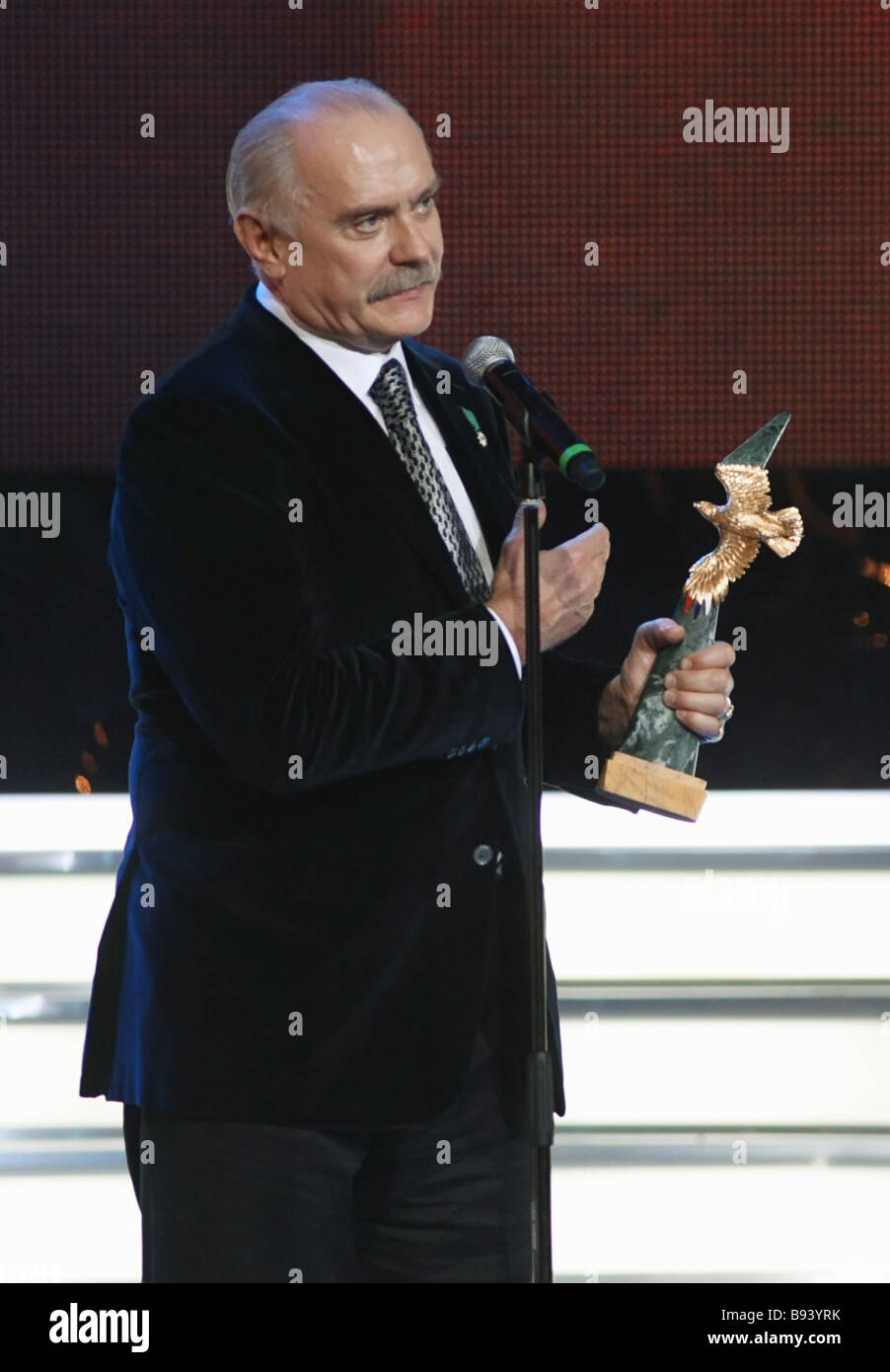 Film director Nikita Mikhalkov the Golden Eagle prize winner in the nominations the man s best role the best direction - Stock Image