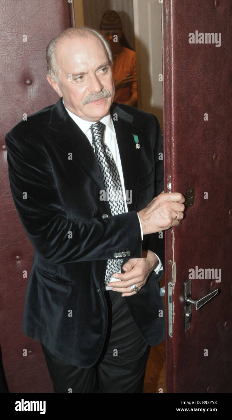 Sun-hit Mikhalkov won the Golden Eagle award 01/24/2015 68