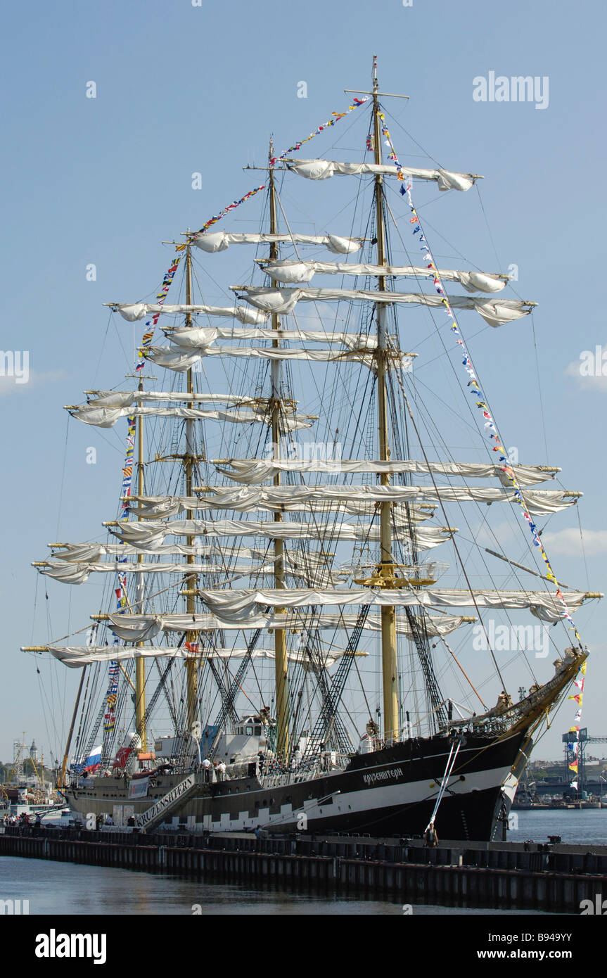 The Russian barque Kruzenshtern returning to St Petersburg from a round the world voyage - Stock Image