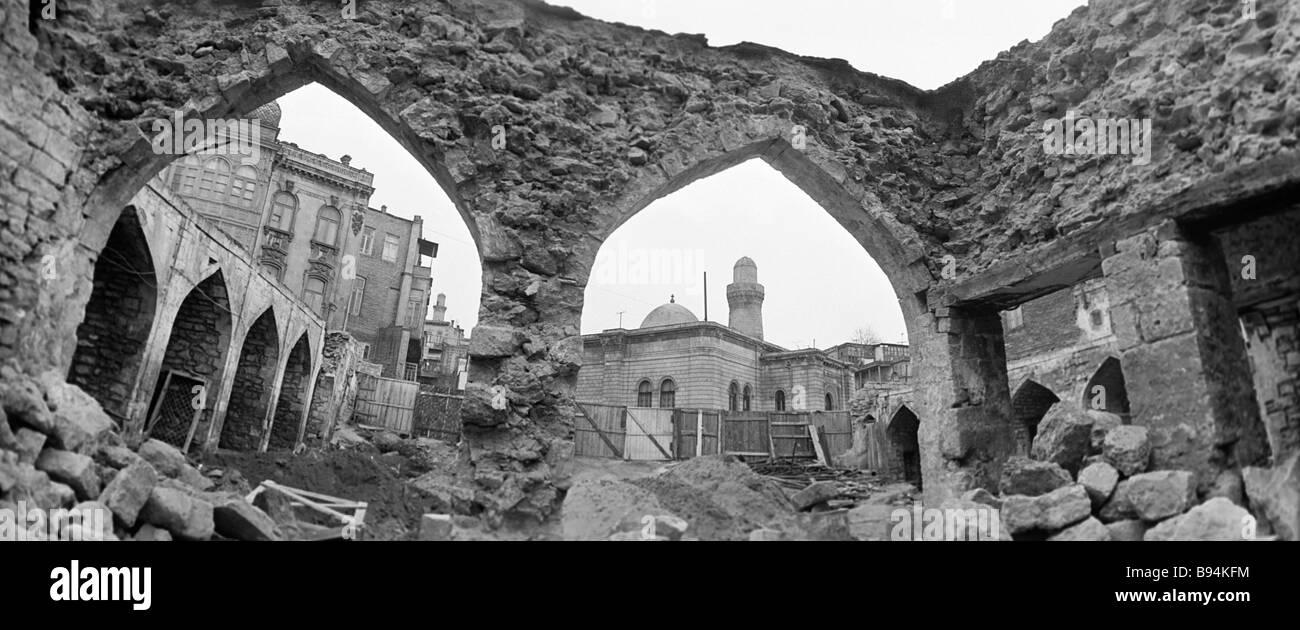 Restoring the Icheri Shekher architectural complex - Stock Image