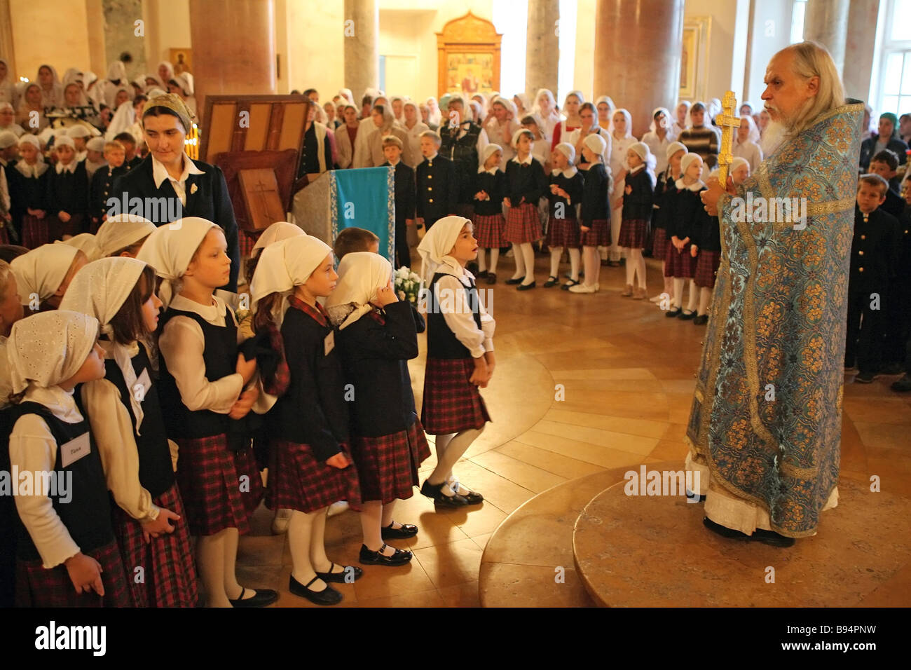 Father Arkady overseer of students of the Orthodox Dimitrievskaya secondary education school at Moscow s First City - Stock Image