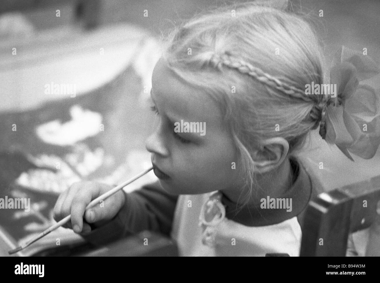 A drawing lesson at school - Stock Image