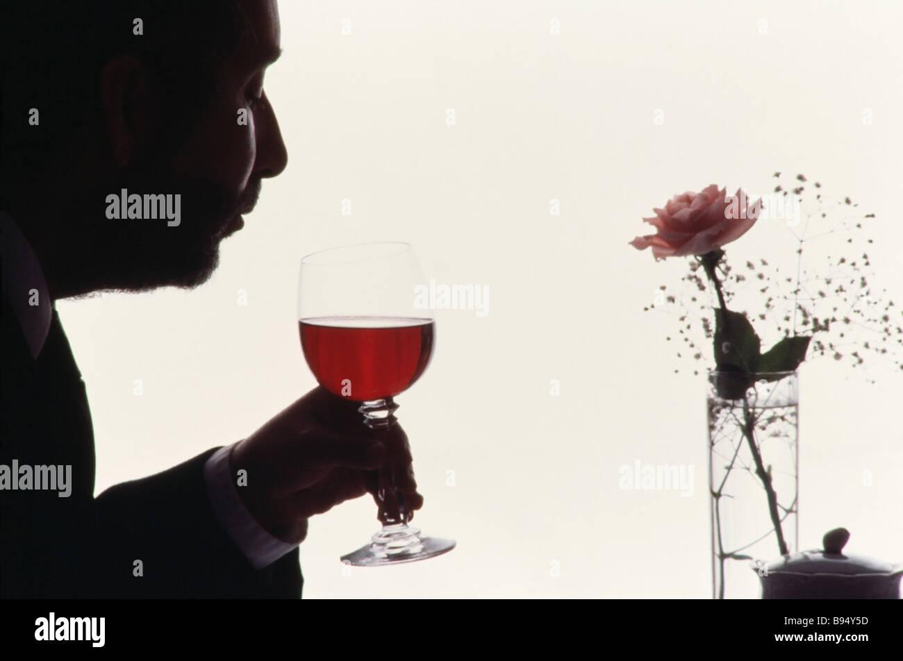 Food Display, gourmet resturant, Resurant critic tasting wine - Stock Image