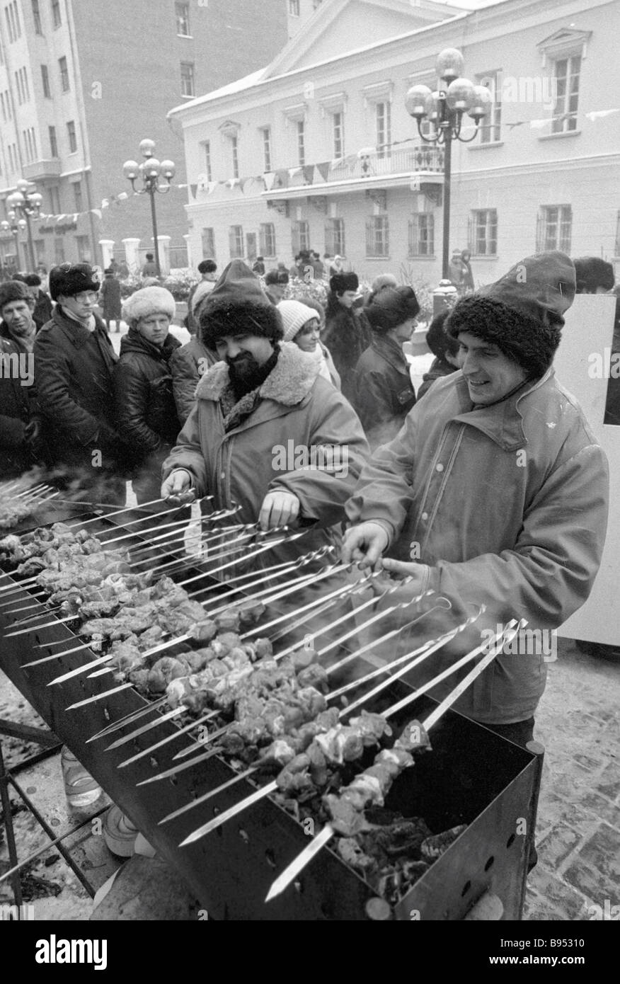 Shashlik sellers in Arbat during the New Year holidays Stock Photo