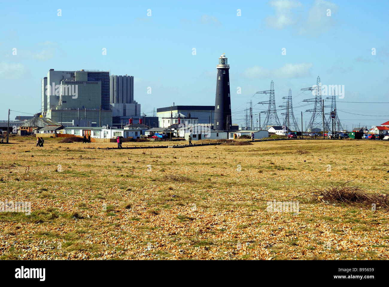 Lighthouse and atomic power station at Dungeness - Stock Image