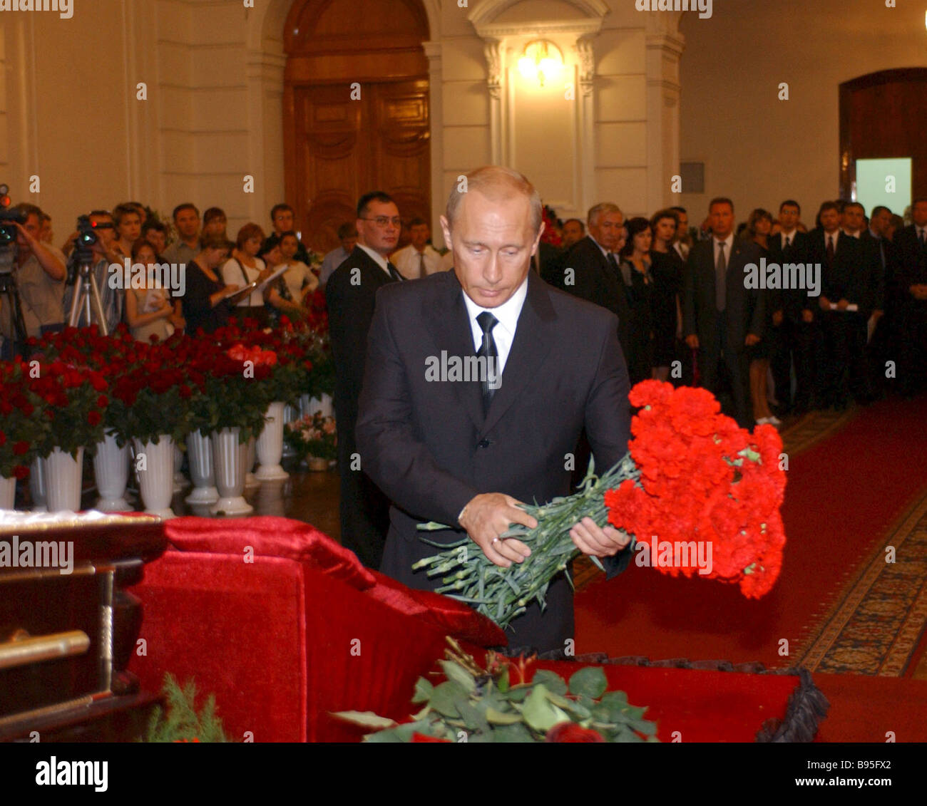 Russian President Vladimir Putin at the burial of Astrakhan regional governor Anatoly Guzhvin - Stock Image