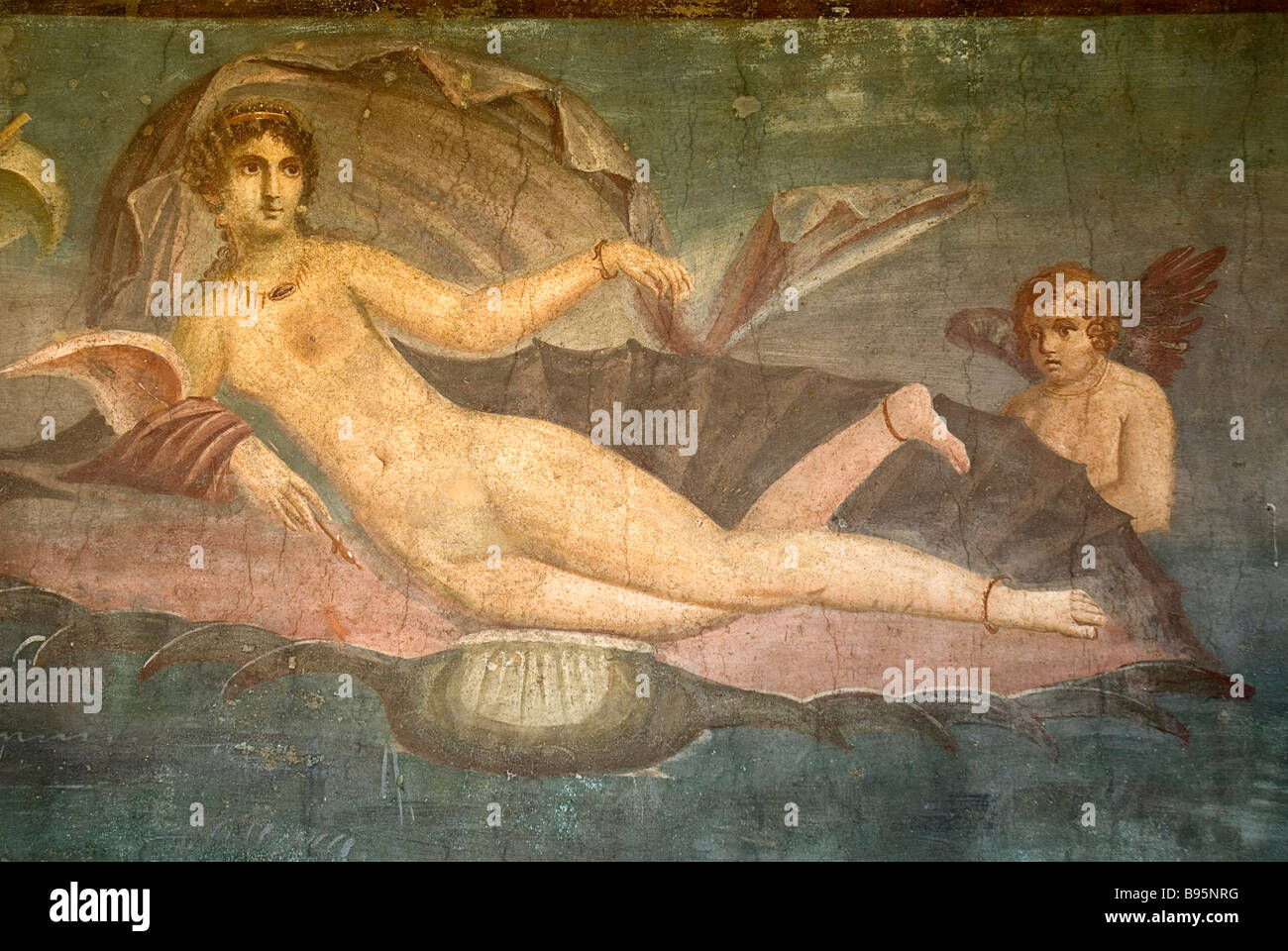 Italy, Campania, Napoli, Pompeii. Fresco giving name to the House of Venus depicting Venus in a half shell accompanied - Stock Image