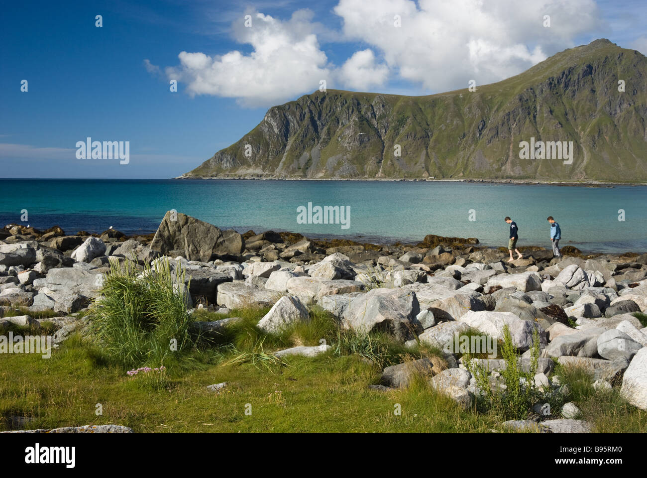 Stony beach near Ramberg, Flakstad, Flakstadøya island, Lofoten islands, Nordland, Norway, Scandinavia, Europe - Stock Image
