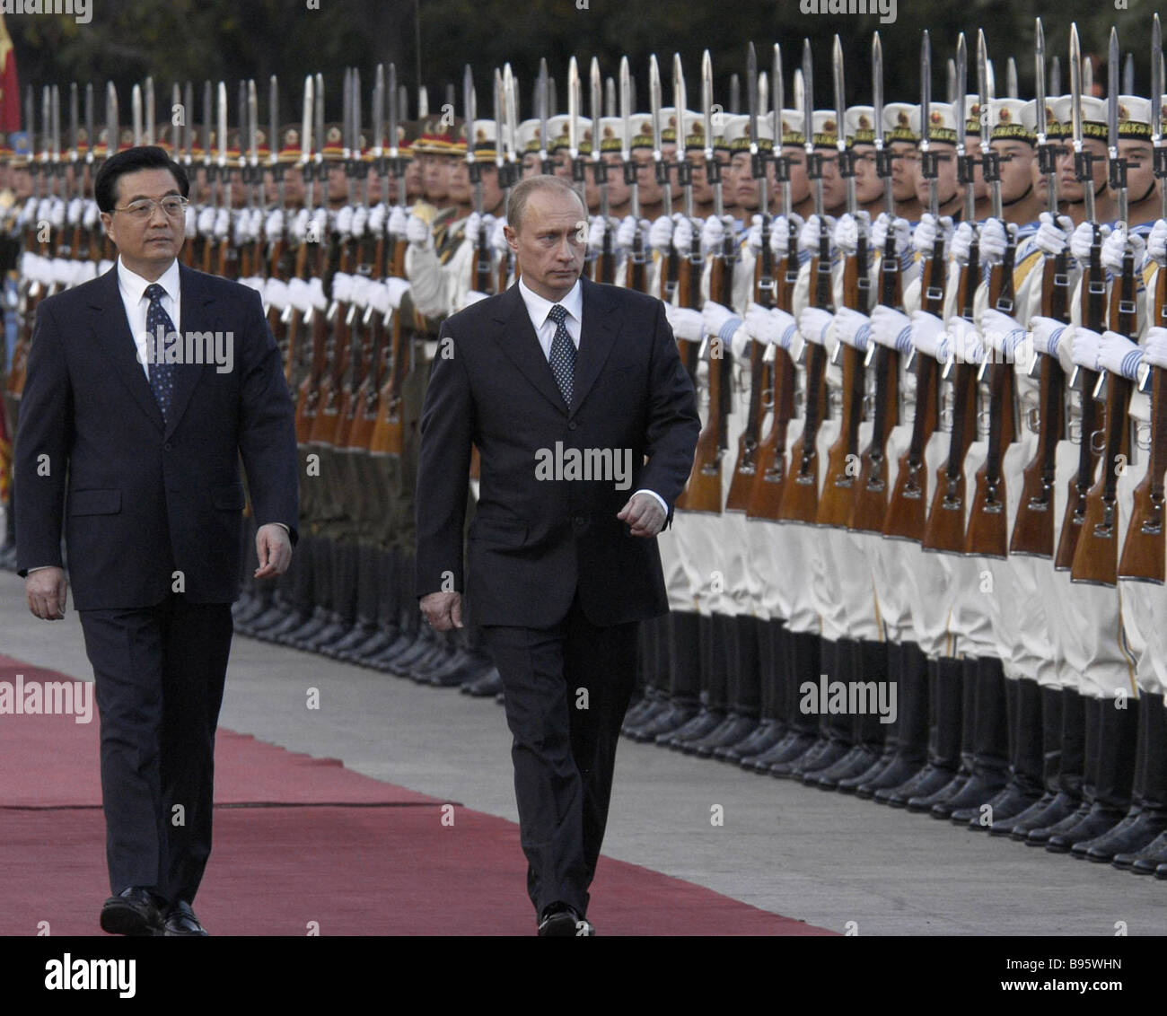 Russian President Vladimir Putin right and his Chinese counterpart Hu Jintao during their official meeting in China - Stock Image