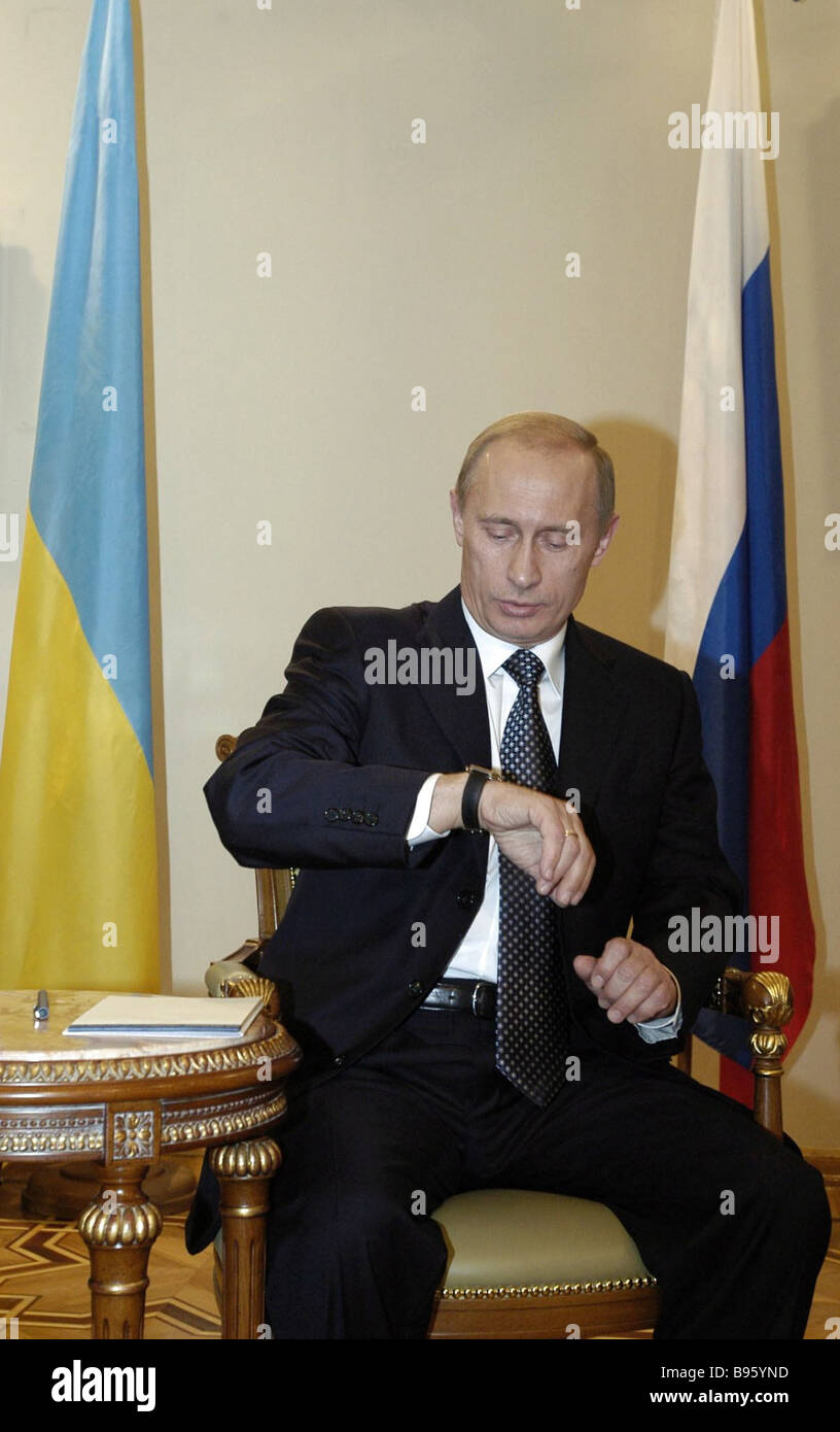 Russian President Vladimir Putin in a live show on Ukrainian television - Stock Image