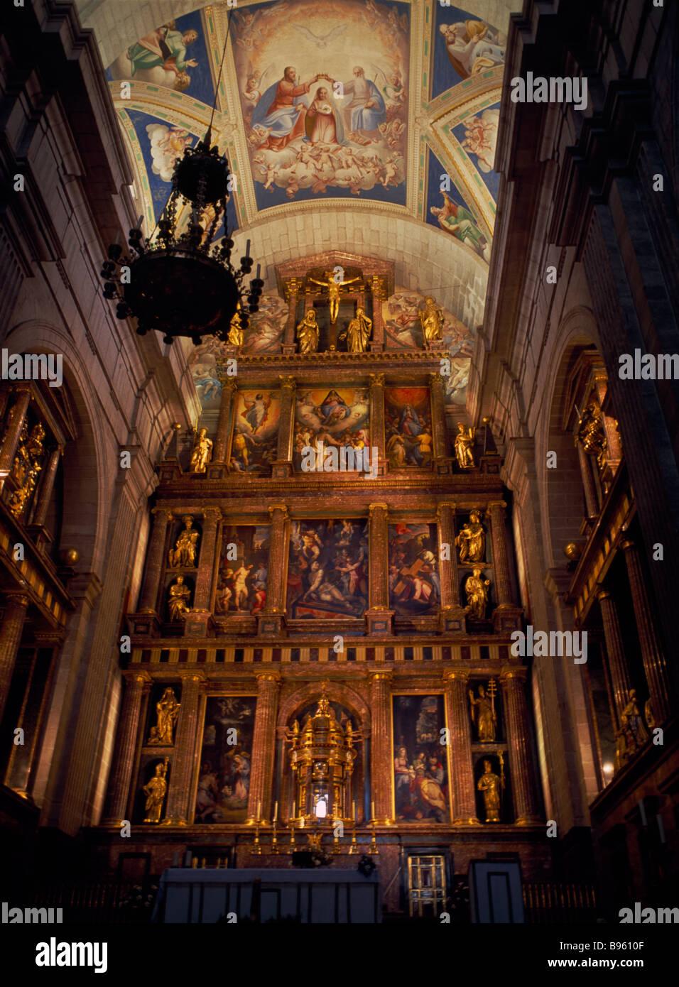 SPAIN Madrid State El Escorial Palace of San Lorenzo de El Escorial Main altar in Monastery Church created by King Stock Photo