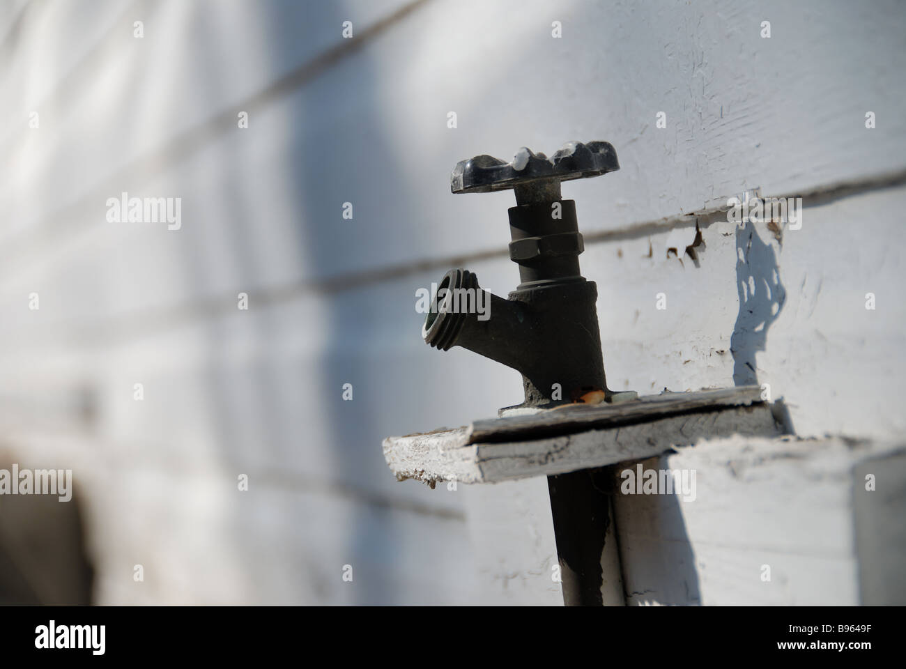 Leaky Outdoor Water Tap Stock Photos & Leaky Outdoor Water Tap Stock ...