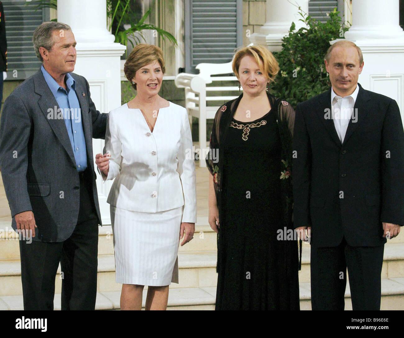 Left To Right Russian President Vladimir Putin His Wife Lyudmila Stock Photo Alamy