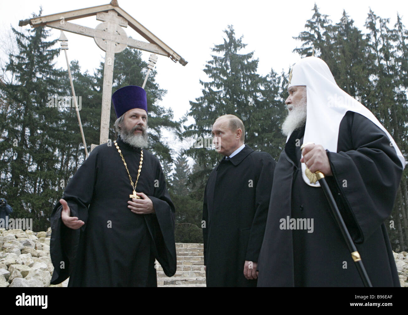 October 30 2007 Rev Kirill Kaleda rector of the church Patriarch of Moscow and All Russia Alexy II and Russian President - Stock Image