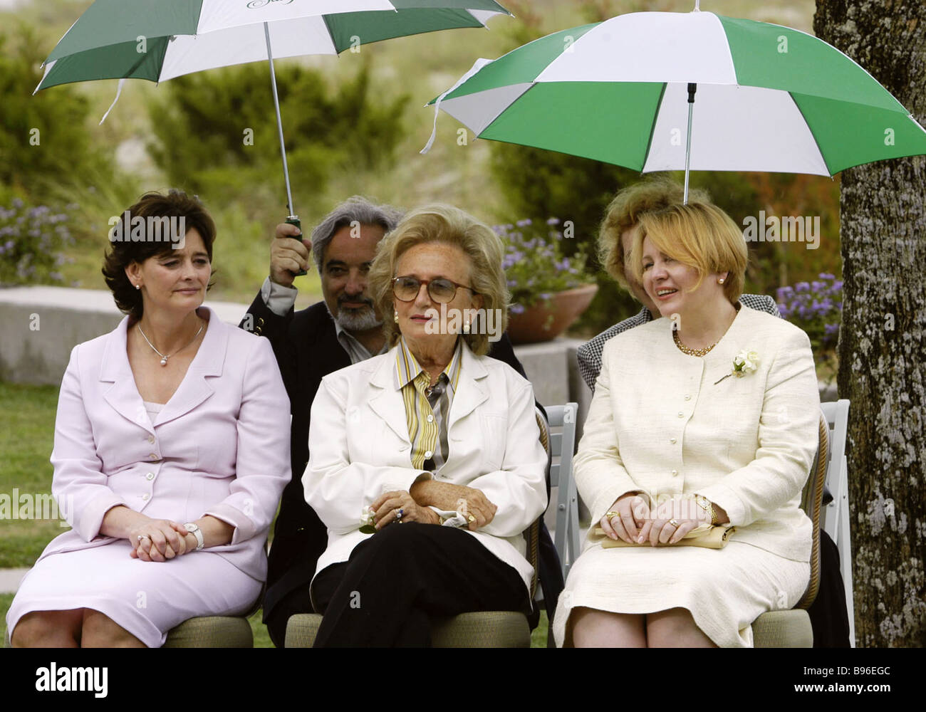Cherie Blair Bernadette Chirac and Lyudmila Putin attend meeting of G8 leaders wives - Stock Image