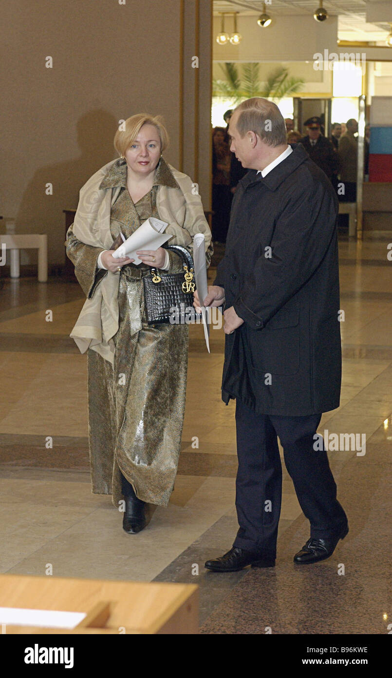 Russian President Vladimir Putin And Mrs Lyudmila Putin At Polling Stock Photo Alamy