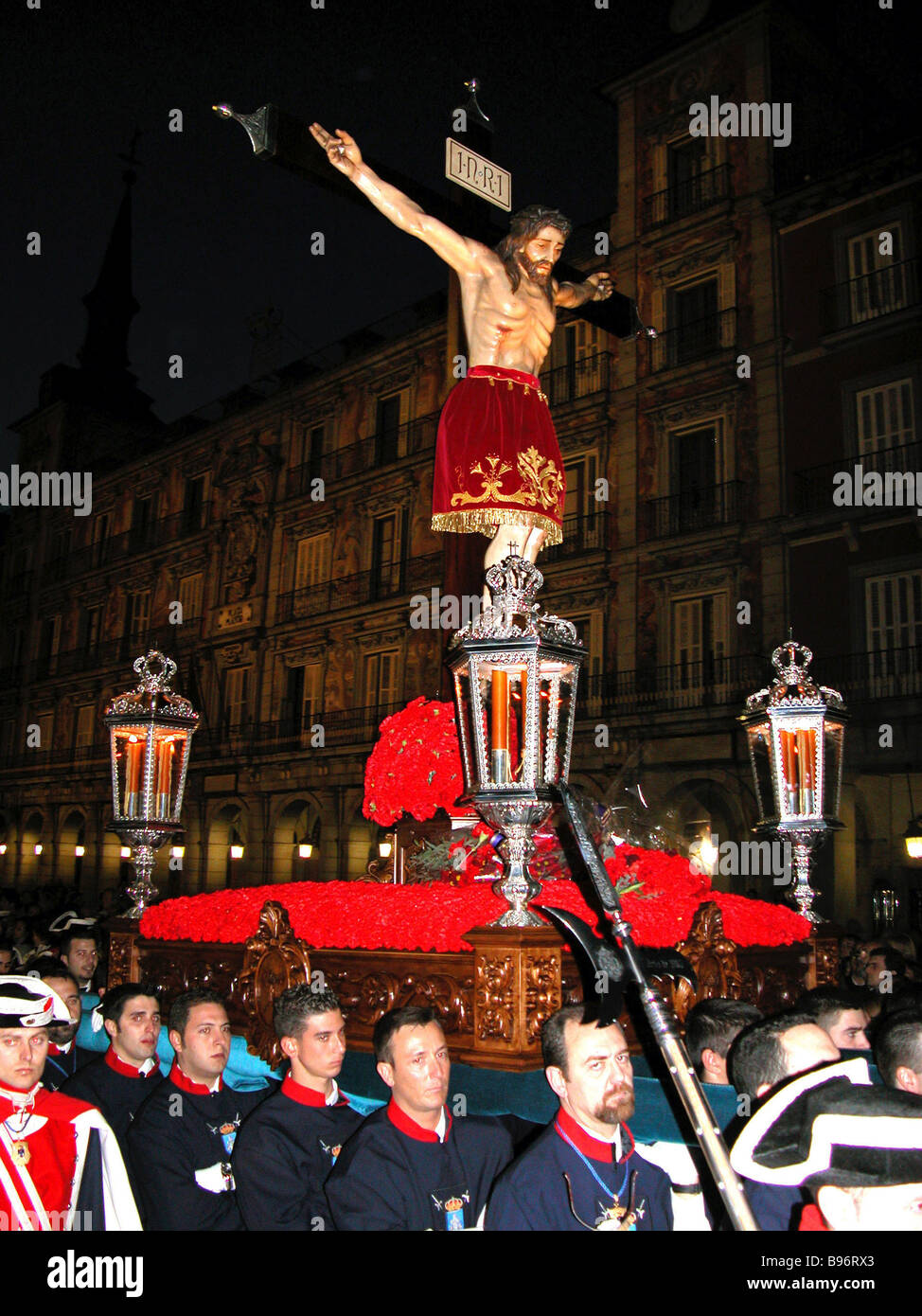 Thousands join religious procession in Madrid during Holy Week - Stock Image