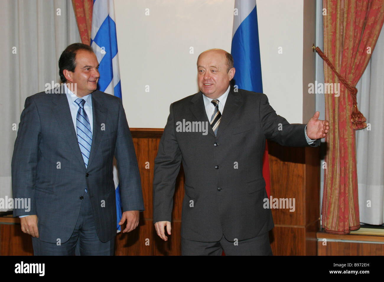 Russian and Greek Prime Ministers Mikhail Fradkov right and Konstantinos Karamanlis during the meeting in the Russian - Stock Image