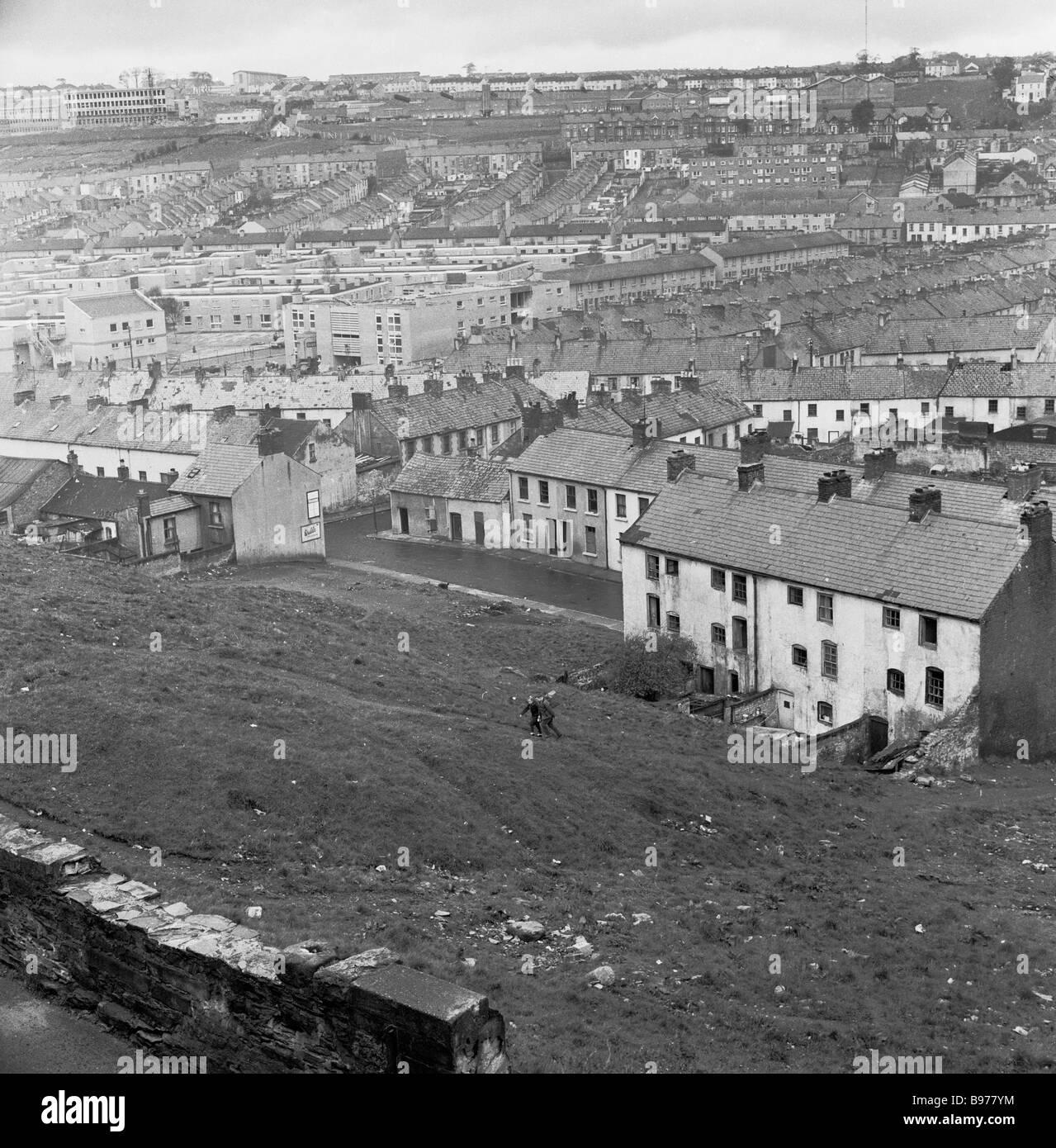 Barren urban landscape, showing a large bleak housing estate, Northern Ireland, 1960s - Stock Image