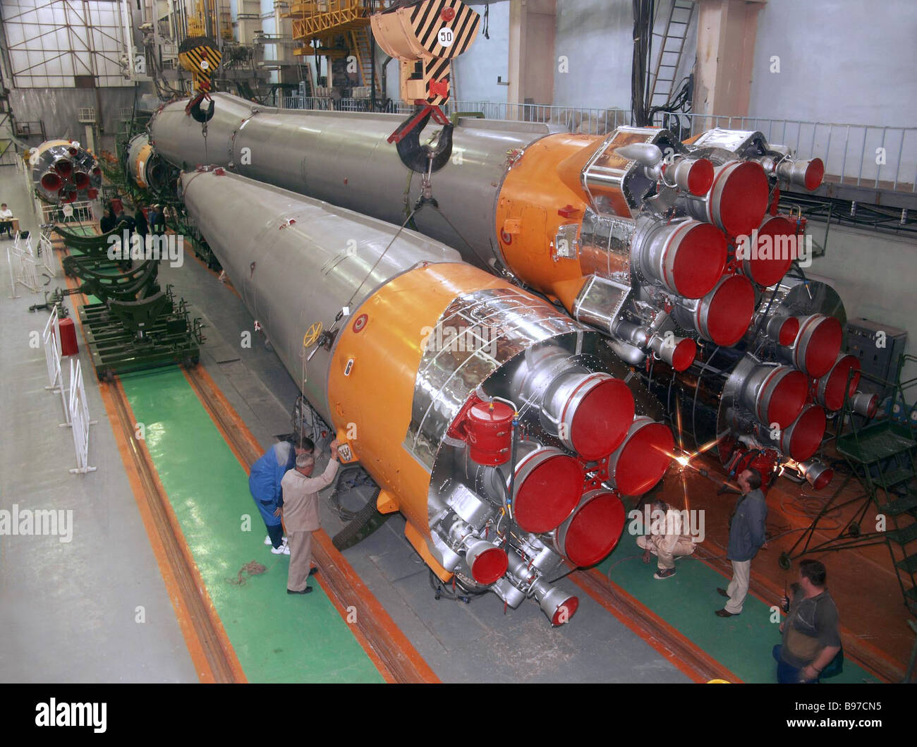 Preparations for the launch of SOYUZ carrier rocket with European Venera Express spacecraft onboard - Stock Image