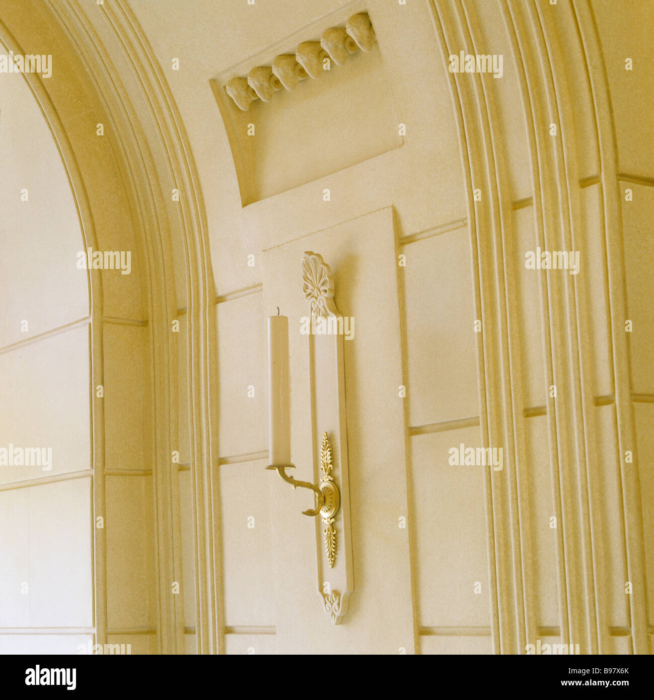 Moulding Wall Stock Photos & Moulding Wall Stock Images - Alamy