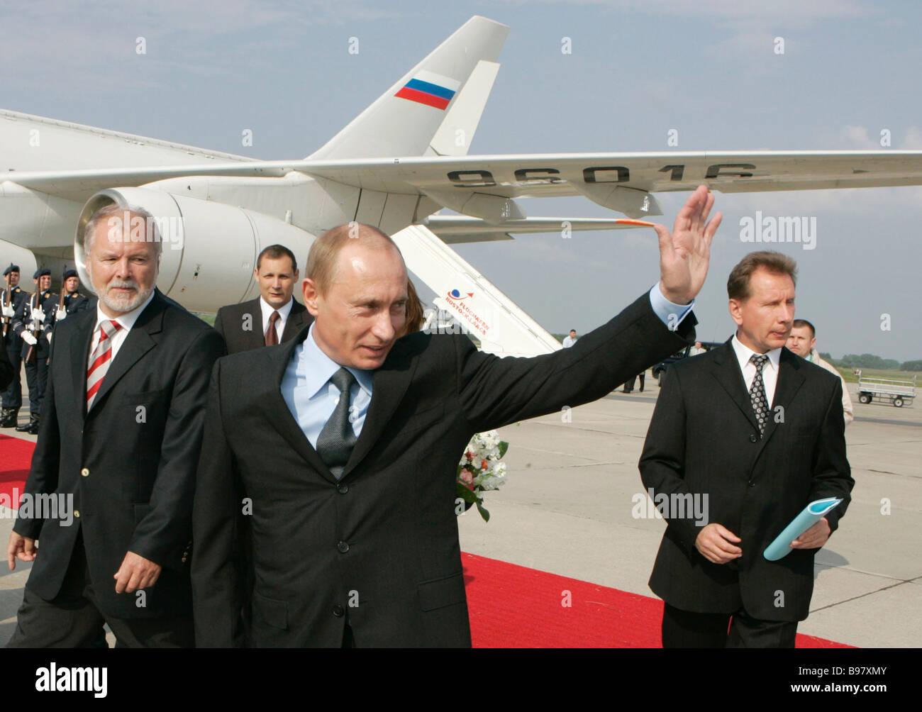 June 6 2007 Harald Ringsdorf Minister President of Mecklenburg Vorpommern and Russian President Vladimir Putin left - Stock Image