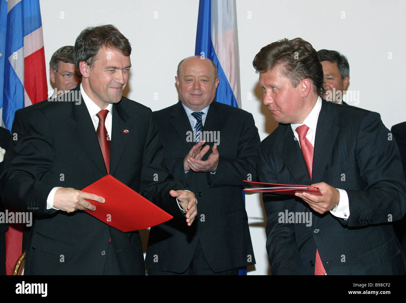 Gazprom CEO Alexei Miller right signed a cooperation memorandum with Norway s Statoil President and CEO Helge Lund - Stock Image