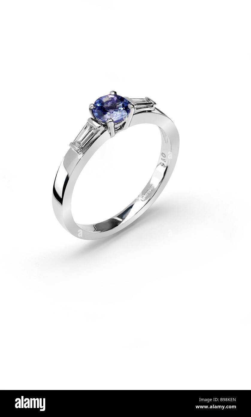 Tanzanite engagement ring in white gold - Stock Image