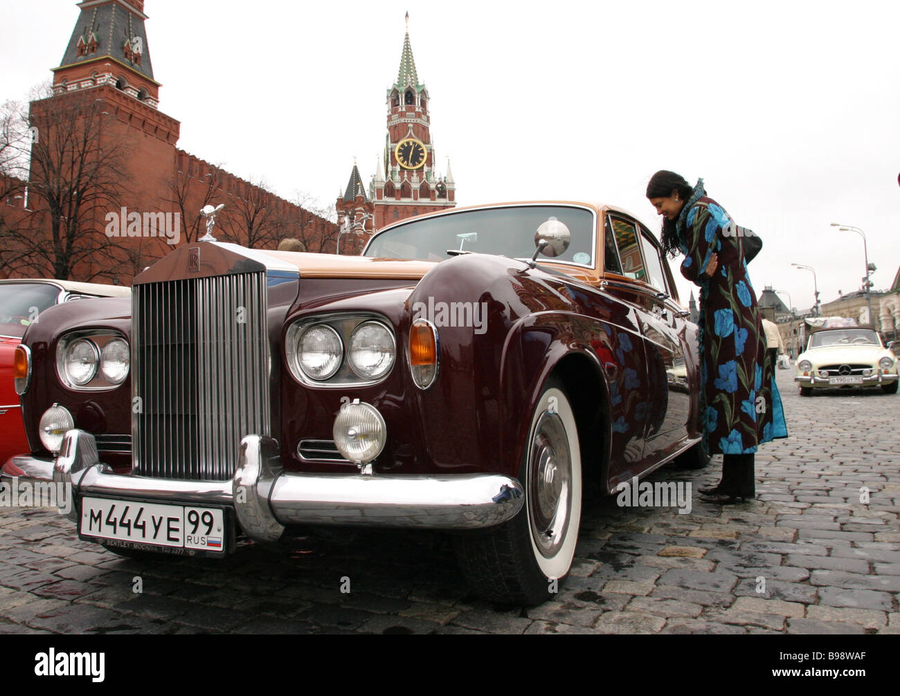 A vintage car race is held at Vasilevsky Spusk Tha cars are no younger than 30 years - Stock Image