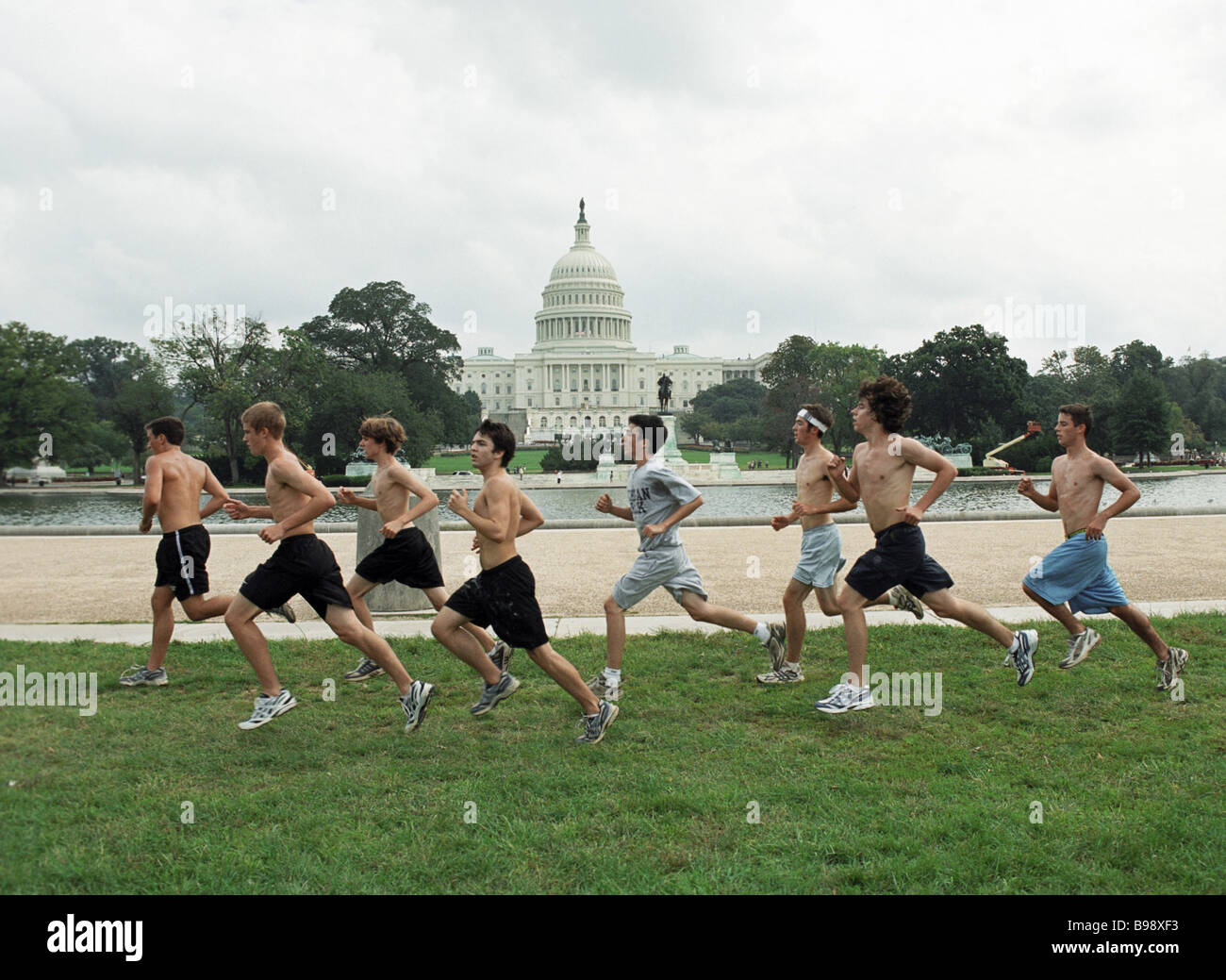 Washington dwellers in a park in front of the Capitol - Stock Image