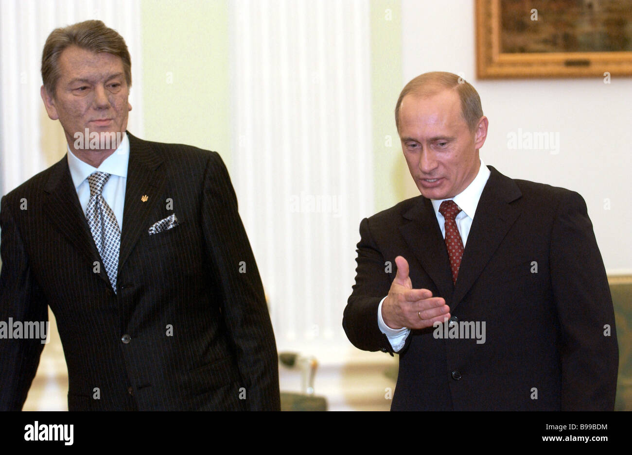Ukranian President Viktor Yushchenko and Russian President Vladimir Putin left to right meeting in the Kremlin - Stock Image
