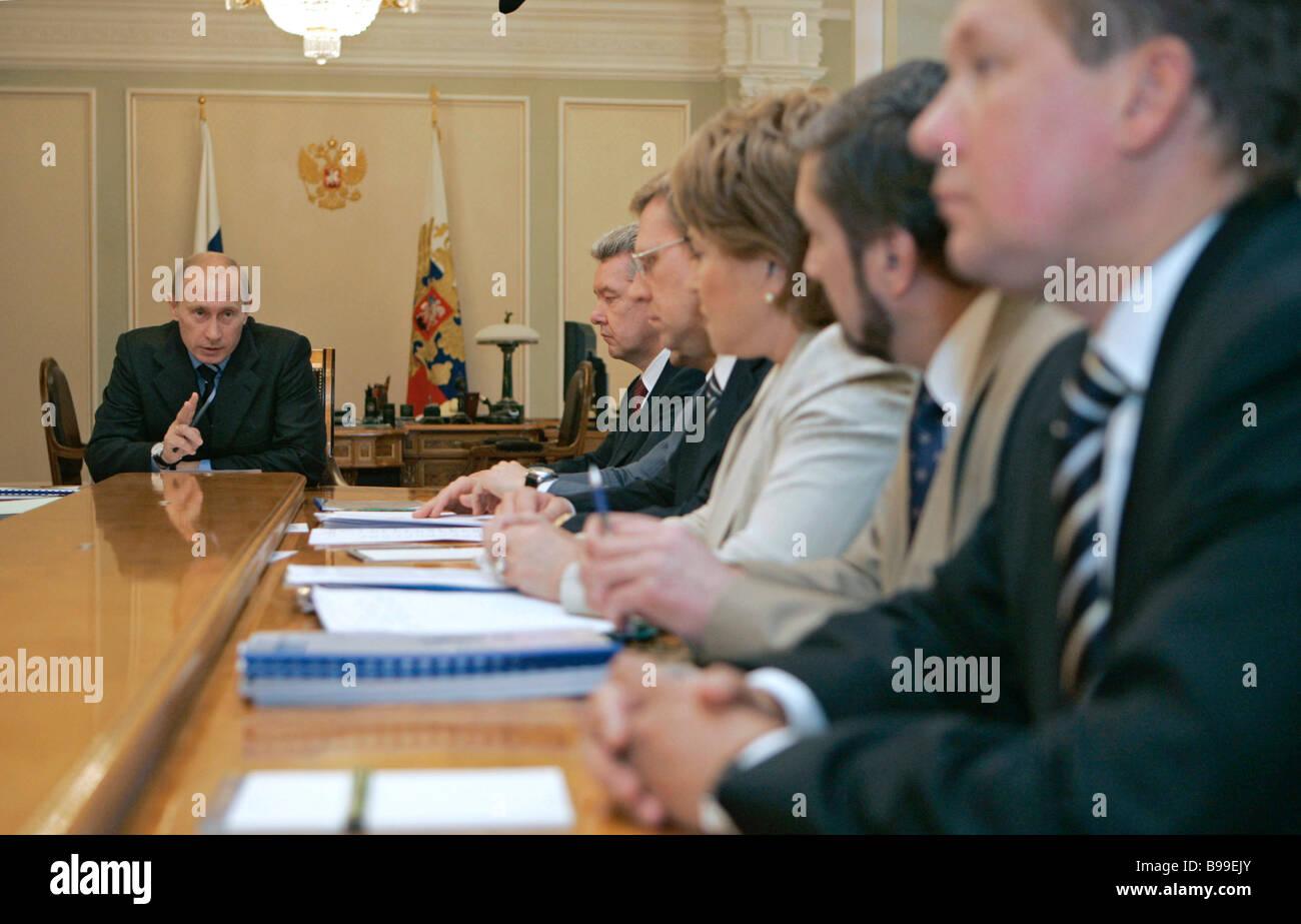 President elects new heads of Karelia, Sverdlovsk and Irkutsk regions 23.05.2012 70