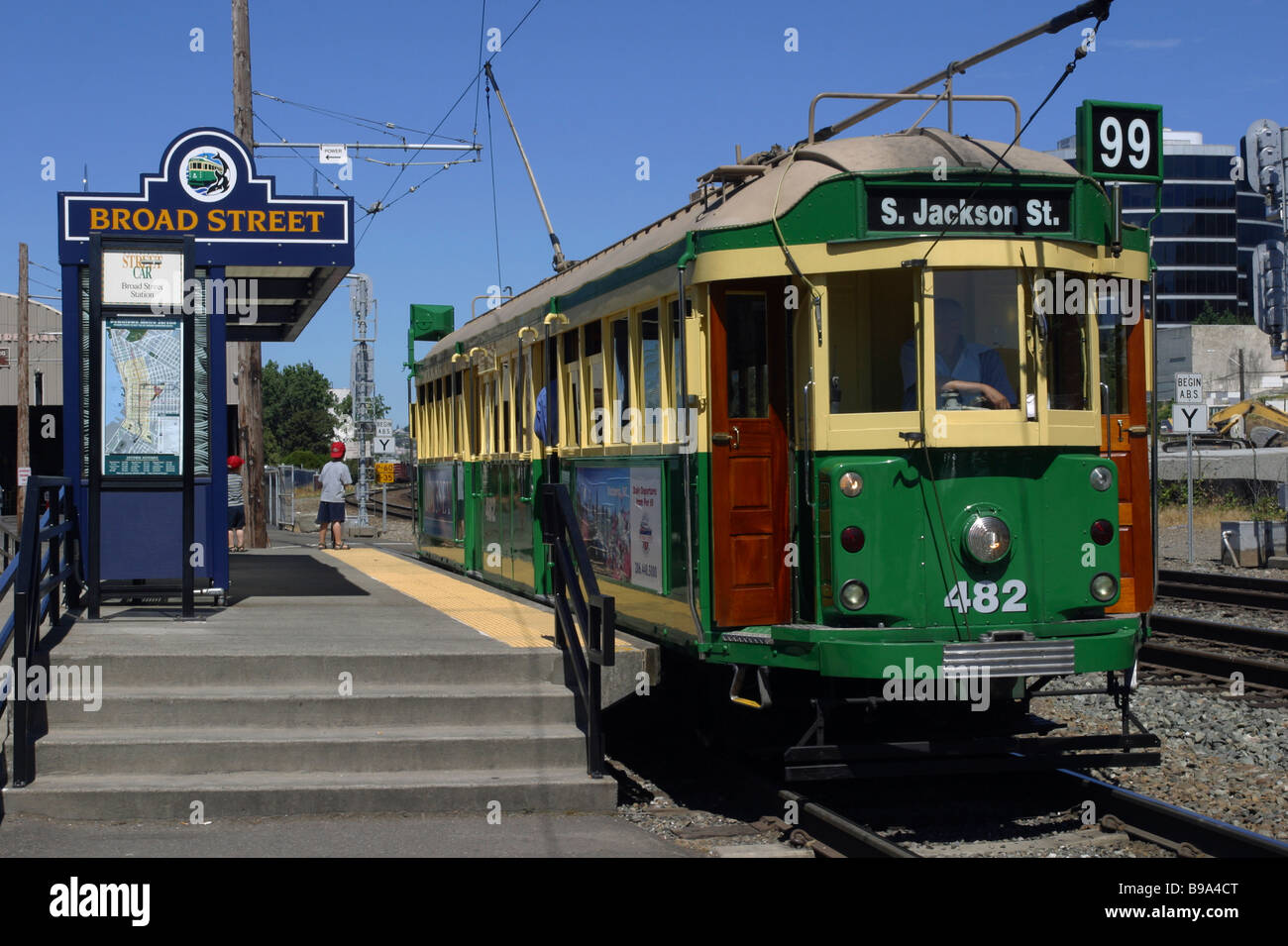 City Transport Tram Trolley Yellow Green Paint Route 99 Broad Street Platform Stop SEATTLE WASHINGTON STATE USA