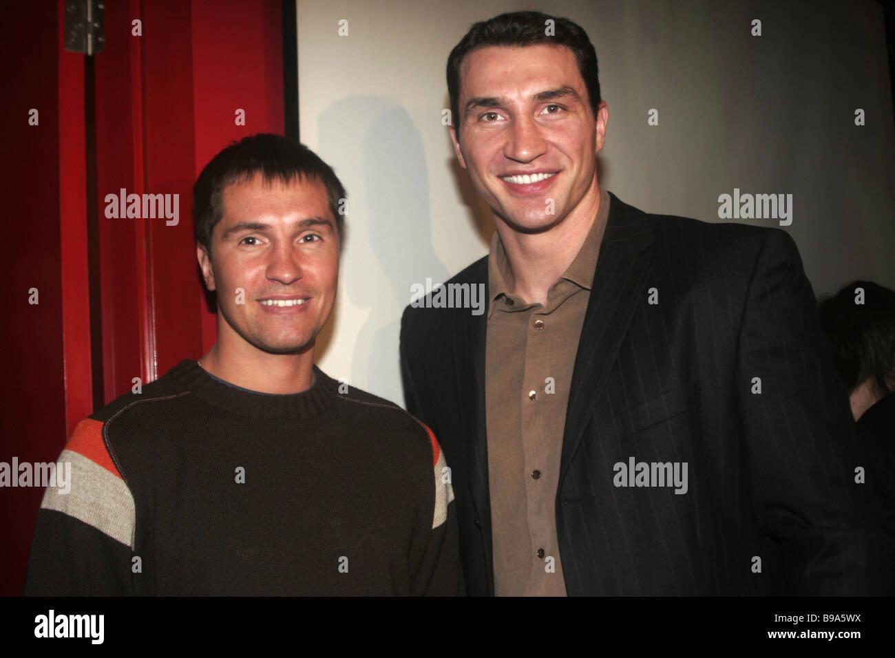 Ukraine's light middle world boxing champion southpaw Sergey Dzindziruk and Vladimir Klitschko, Ukraine's - Stock Image