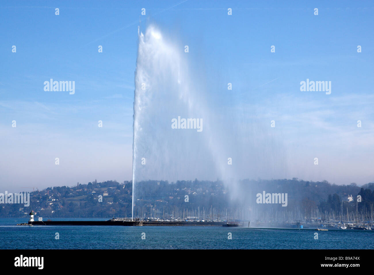 jet d'eau or water jet the cities famous landmark viewed from the promenade du lac geneva switzerland - Stock Image