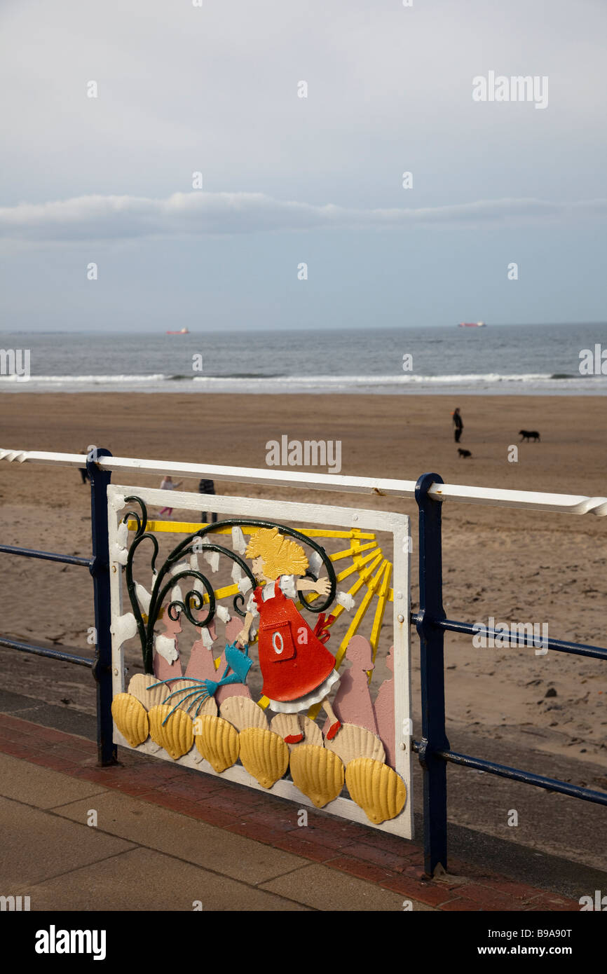 Public Art and the Beach at Saltburn, Teesside (Cleveland), North East England, UK - Stock Image