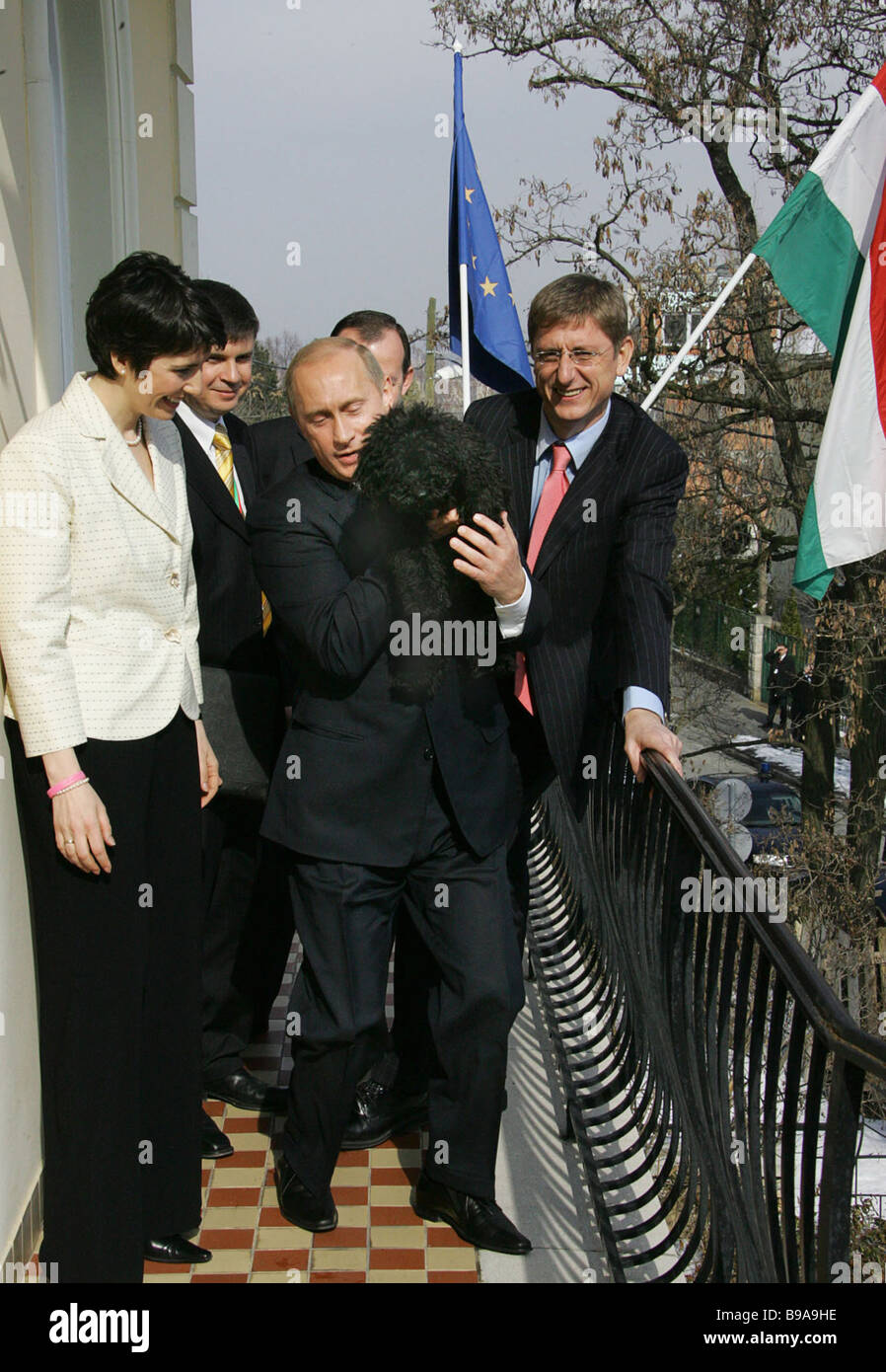 Starting new contacts On an official visit to Hungary Russia s President Vladimir Putin came to the residence of - Stock Image
