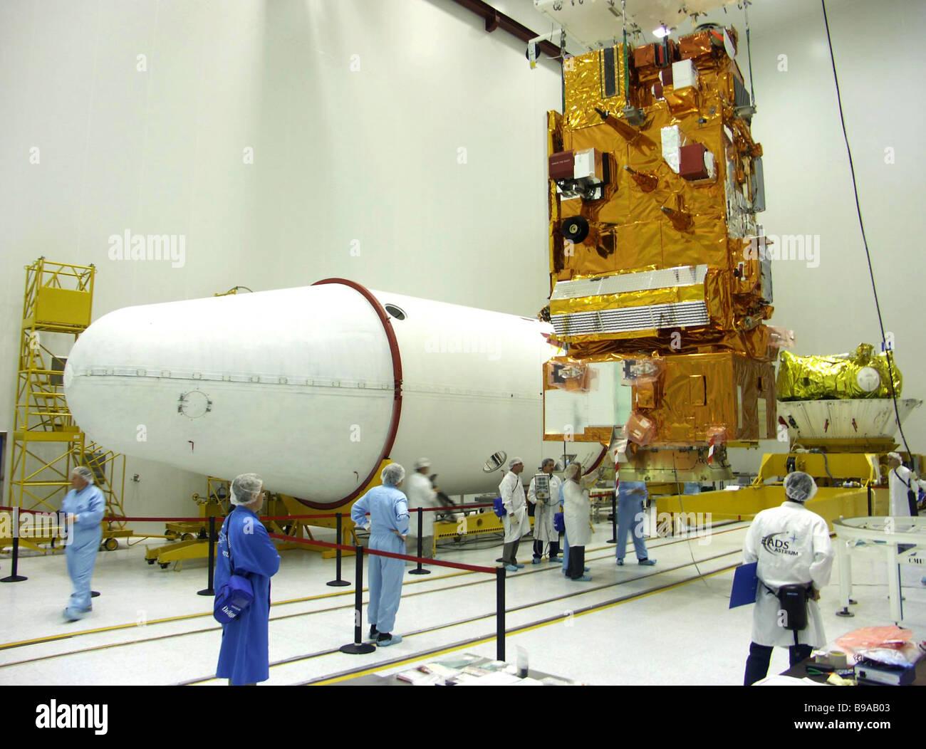 Final preparations to launch the European MetOp meteorological satellite at Baikonur cosmodrome - Stock Image