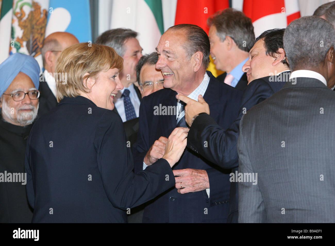Prime Minister of India Manmohan Singh German Chancellor Angela Merkel President of France Jacques Chirac President - Stock Image
