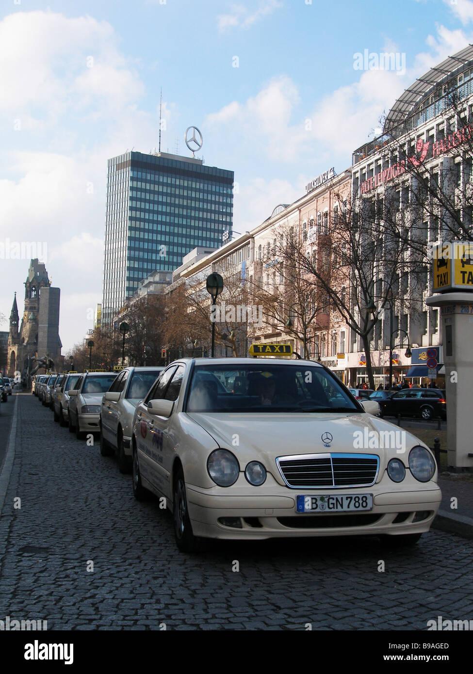 Mercedes cars symbolize German quality goods - Stock Image
