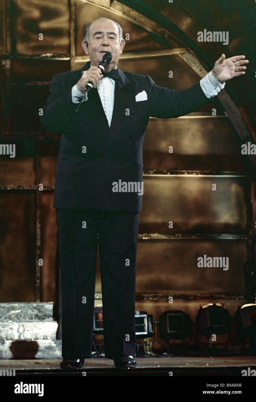 Master of ceremonies Boris Brunov at concert - Stock Image