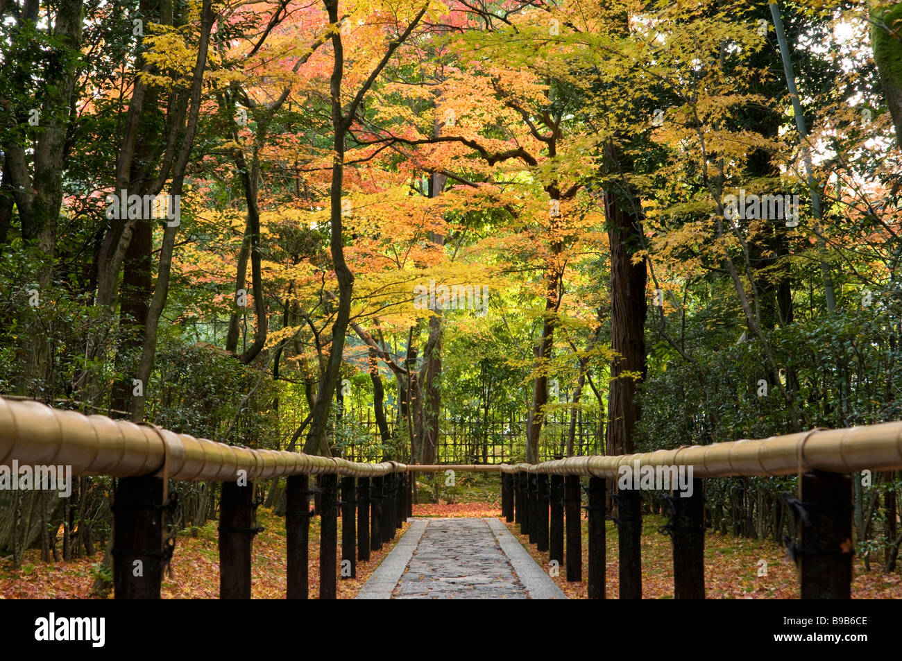 Path to a zen garden at Daitokuji Kyoto Japan - Stock Image