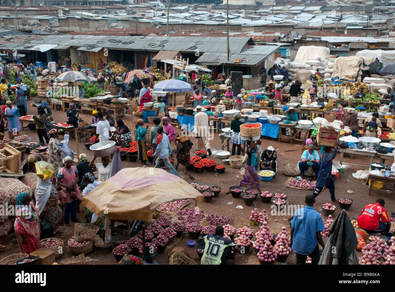 Food Market In Western Ghana Stock Photos & Food Market In